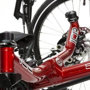 sprint-cross-axle-closeup