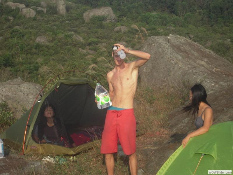 Night bouldering and camping in Tseun Wan